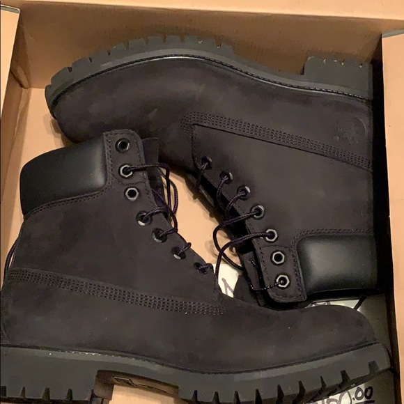 Timberland Shoes   Mens Black